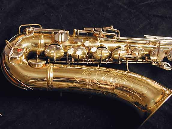 Conn Lacquer w/ Nickel Keys 10M Tenor - 665227 - Photo # 2