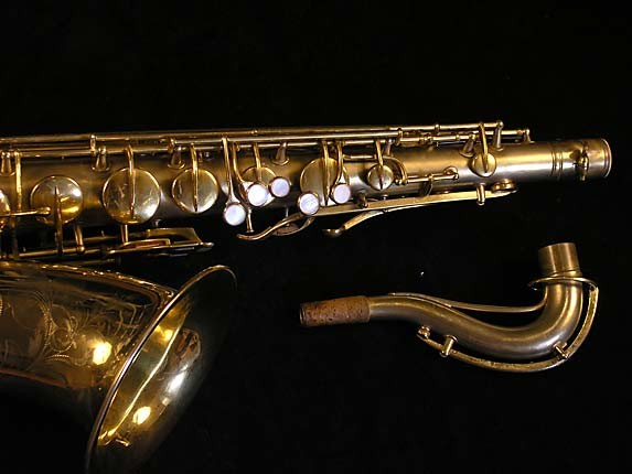 "Conn ""New Wonder"" Matte Gold Plate Tenor - 119420 - Photo # 4"
