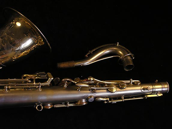 "Conn ""New Wonder"" Matte Gold Plate Tenor - 119420 - Photo # 6"