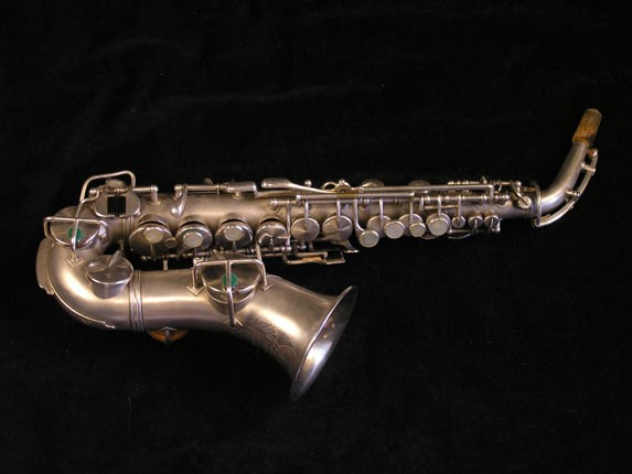 King Silver H.N. White Model Curved Soprano - 52664 - Photo # 1