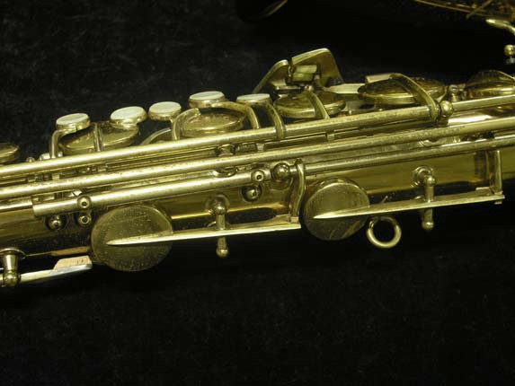 C.G. Conn Lacquer 30M Tenor - 295442 - Photo # 15