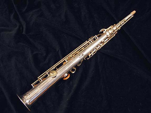 Buescher Silver w/ Gold Keys True Tone Soprano - 232227 - Photo # 4