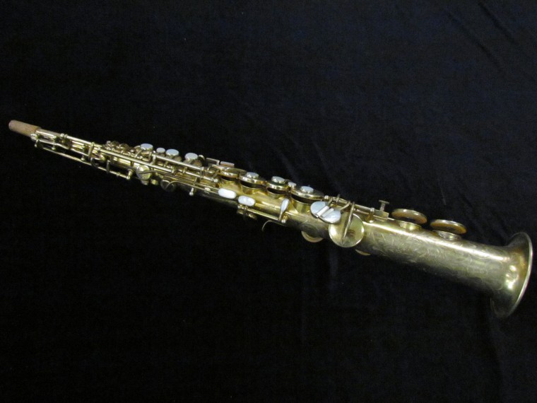 C. G. Conn Virtuoso Deluxe c-melody saxophone overview shot