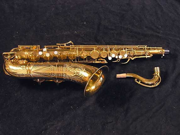 "Buescher Lacquer Aristocrat ""Big B"" Tenor - 305859 - Photo # 1"