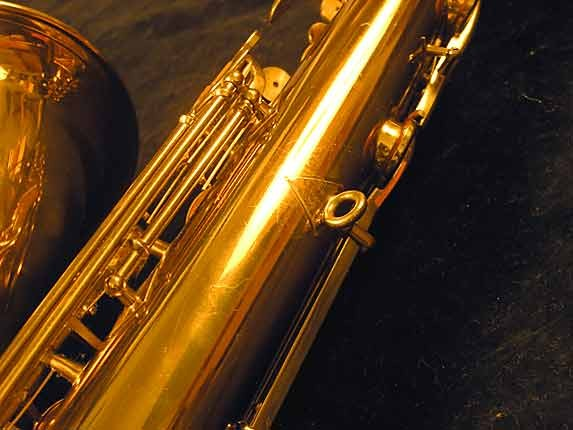 "Buescher Lacquer Aristocrat ""Big B"" Tenor - 305859 - Photo # 11"