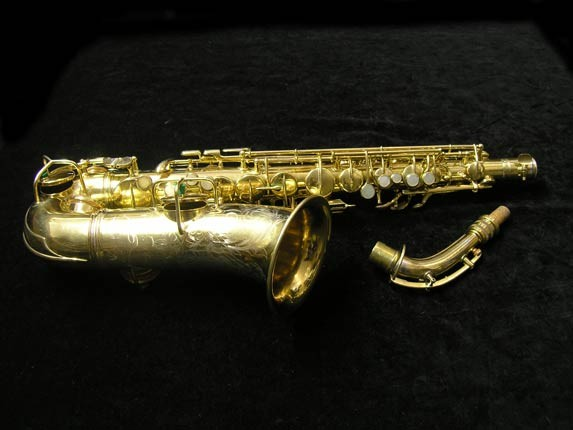 "Conn ""New Wonder"" Gold Plate Alto - 98974 - Photo # 1"