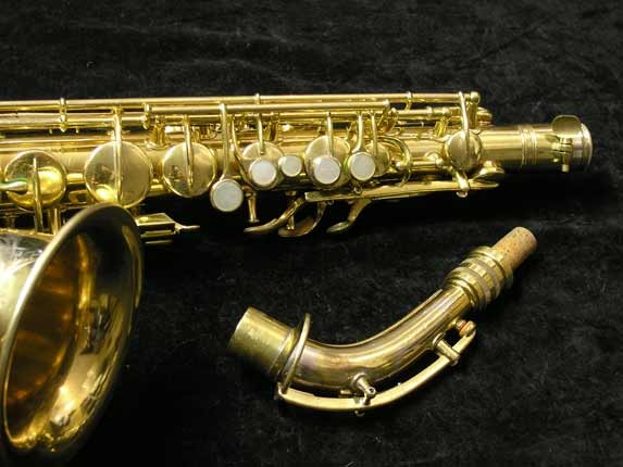 "Conn ""New Wonder"" Gold Plate Alto - 98974 - Photo # 3"