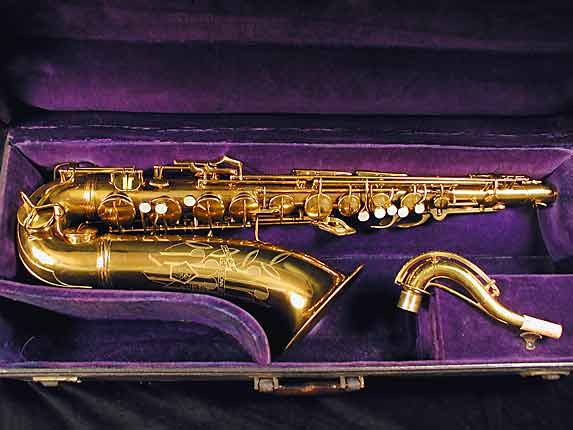 Conn Lacquer 10M Tenor - 291547 - Photo # 3