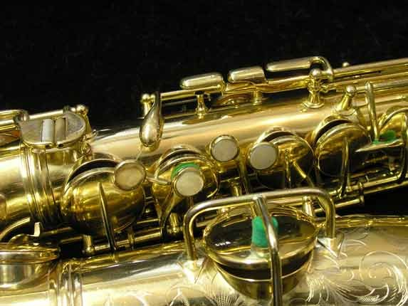 "Conn ""New Wonder"" Gold Plate Alto - 98974 - Photo # 12"