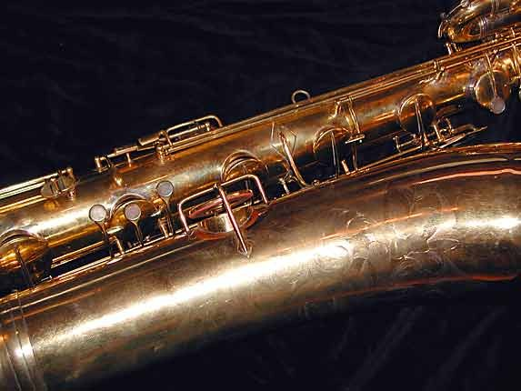 "Conn ""New Wonder"" Burnished Gold Plate Bass - 92312 - Photo # 3"