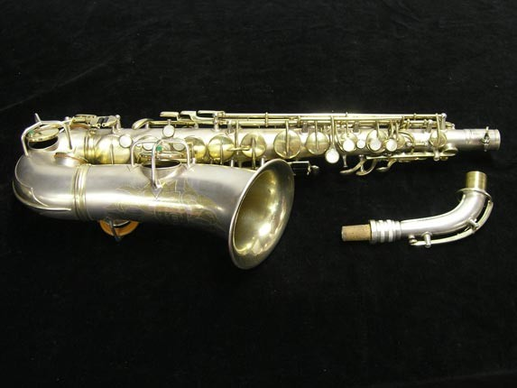 "C.G. Conn Silver w/ Gold Keys ""New Wonder"" Alto - 112642 - Photo # 1"