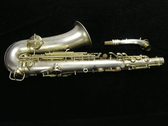 "C.G. Conn Silver w/ Gold Keys ""New Wonder"" Alto - 112642 - Photo # 4"