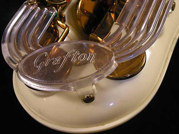 Grafton Acrylic Alto Sax - 12727 - Photo # 13