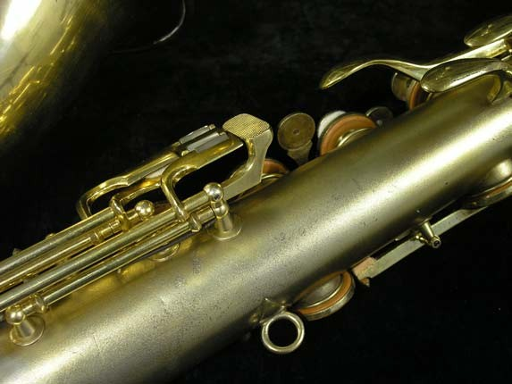 Conn Gold Plate Art Deco Chu Berry Tenor - 239071 - Photo # 15