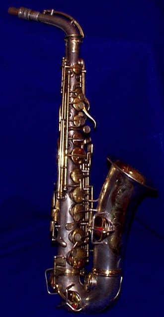 1924 Conn New Wonder in silver plate with gold keys/accents saxophone.org